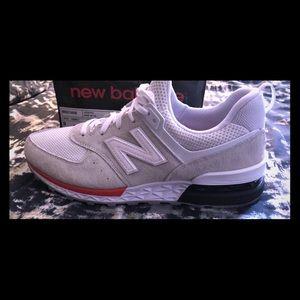 *BRAND NEW* Men's New Balance sneakers sz 9
